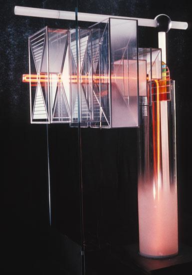 Pompe à transparence (H=180cm) collection privée